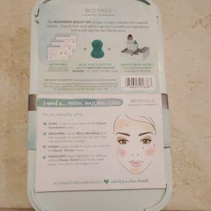 ecotools Makeup - Eco tools: Blooming beauty kit